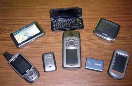 Berbagai Jenis dan Ukuran GPS