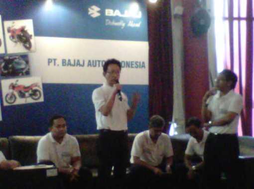 Pak Tom San memberikan sambutannya