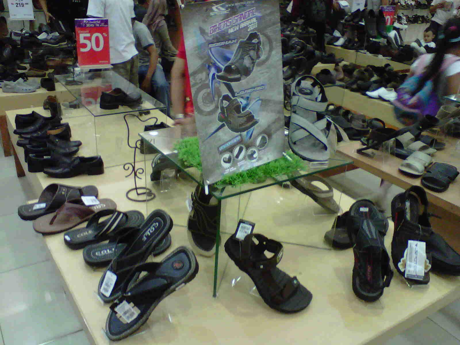 Masih Mau Berkendara Motor Memakai Sandal Bennythegreat 11 Sepatu Cross Promo Untuk Bermotor