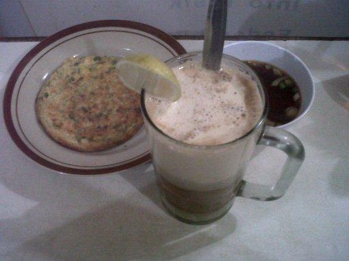 martabak siram + teh telor spesial