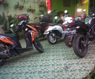 Honda Vario bro Rial (warna orange)